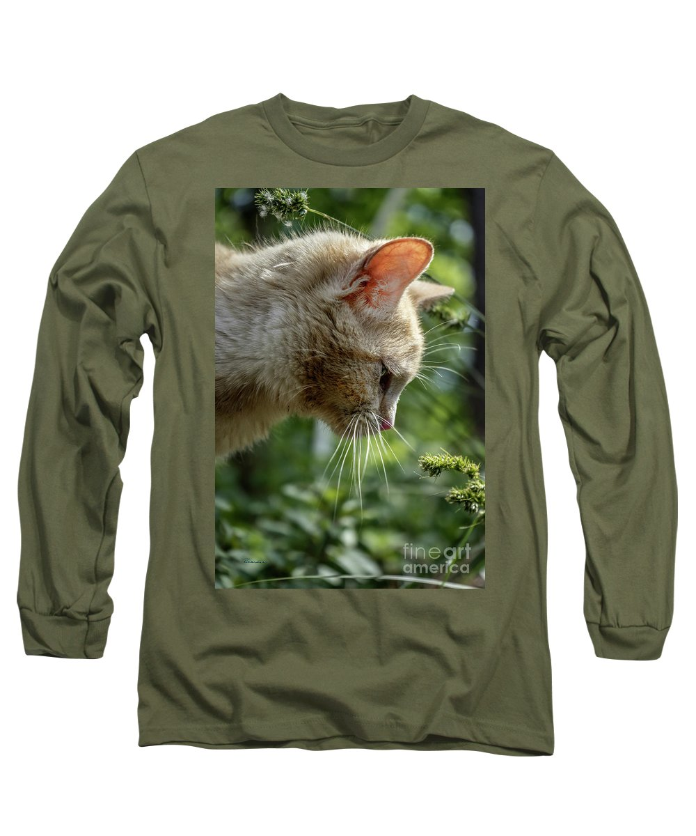 Animal Long Sleeve T-Shirt featuring the photograph Stop And Smell The Flowers 9433a by Ricardos Creations