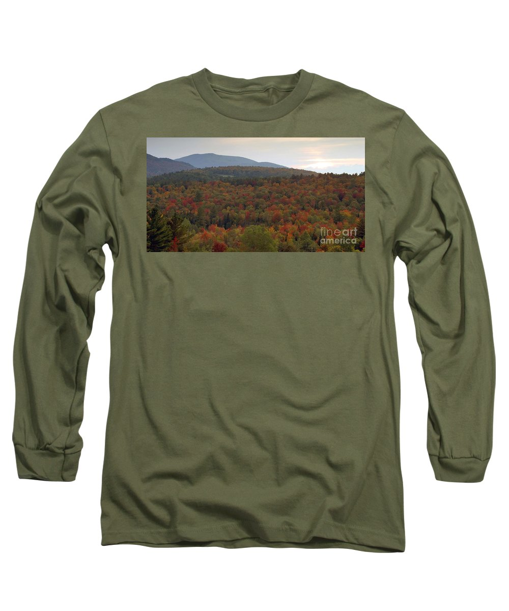 Fall Long Sleeve T-Shirt featuring the photograph Winters Approach by David Lee Thompson