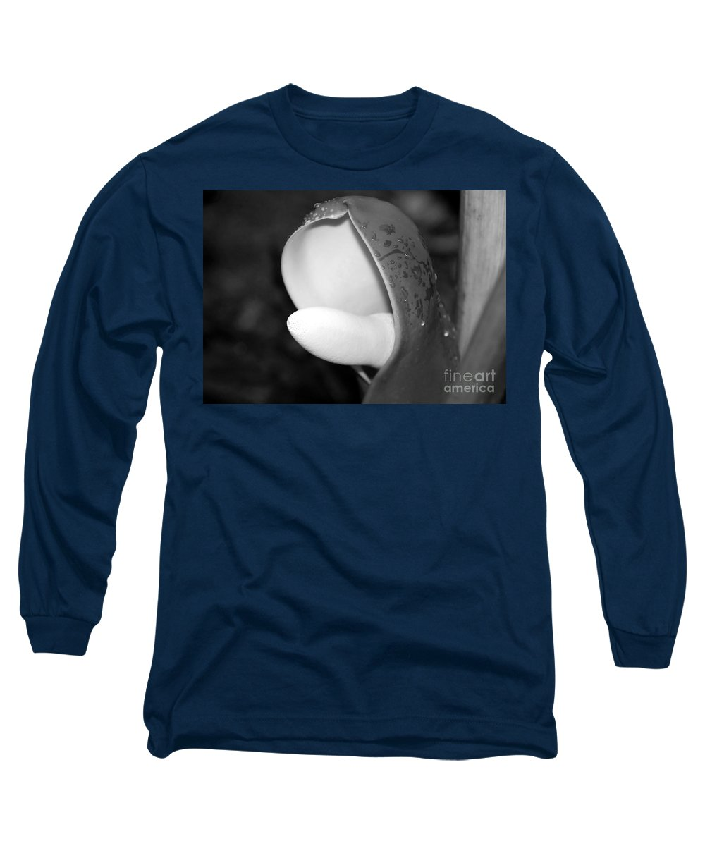 Flower Long Sleeve T-Shirt featuring the photograph Flowering by David Lee Thompson