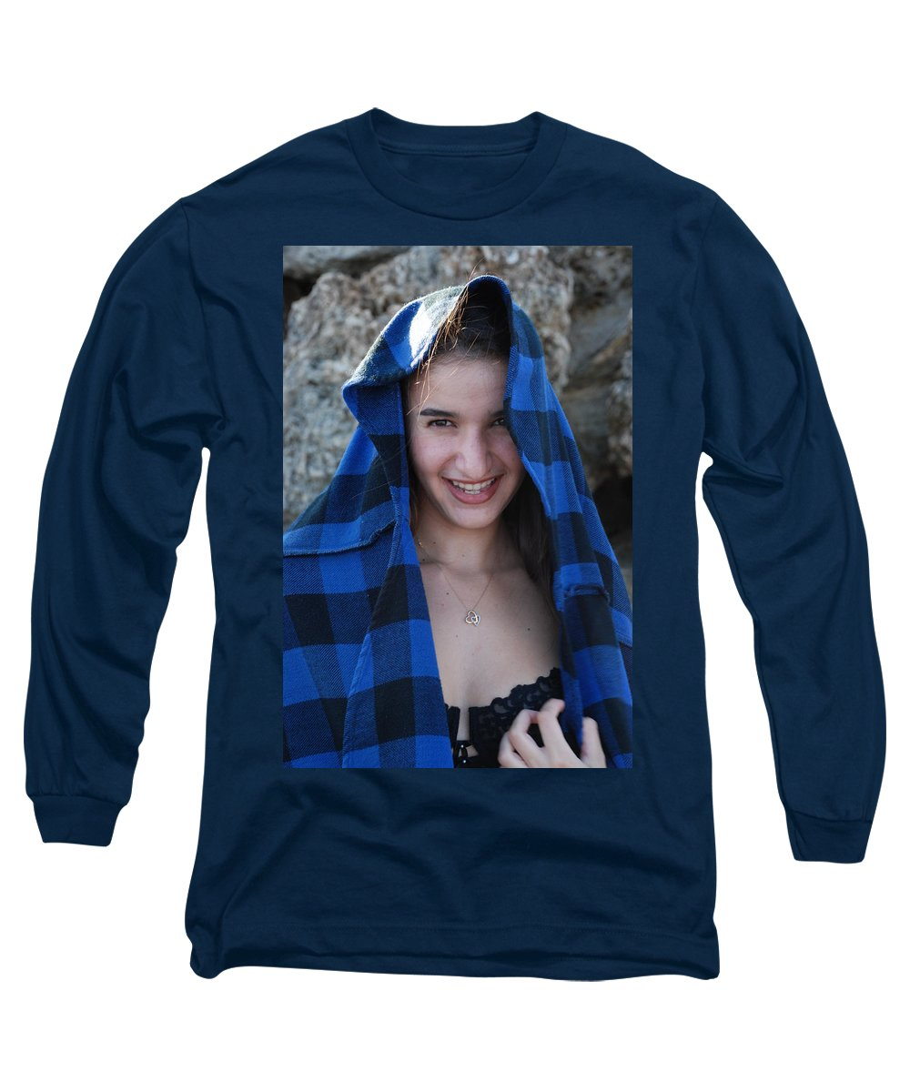 Woman Long Sleeve T-Shirt featuring the photograph Gisele by Rob Hans
