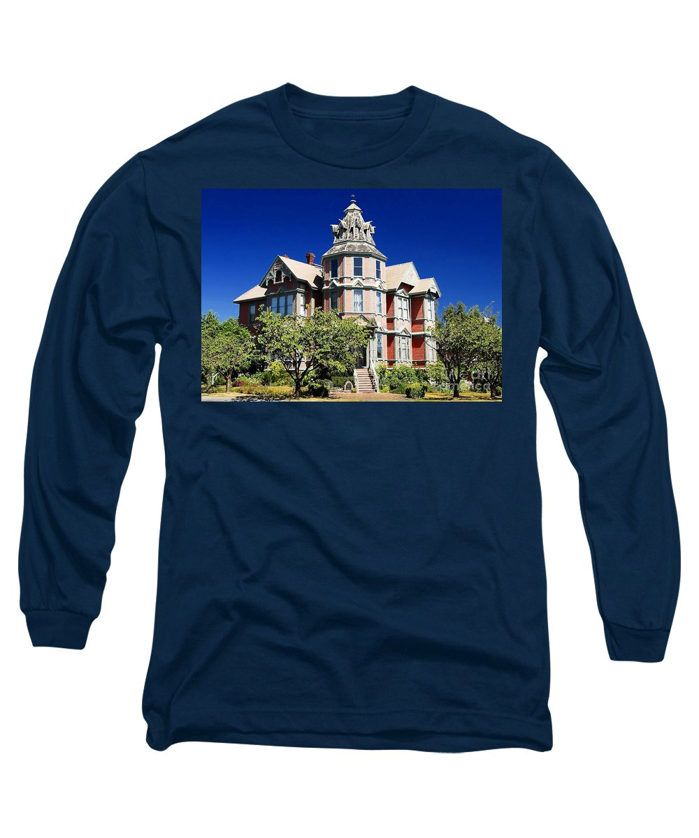 Russian Orthodox Long Sleeve T-Shirt featuring the photograph Great Old House by David Lee Thompson