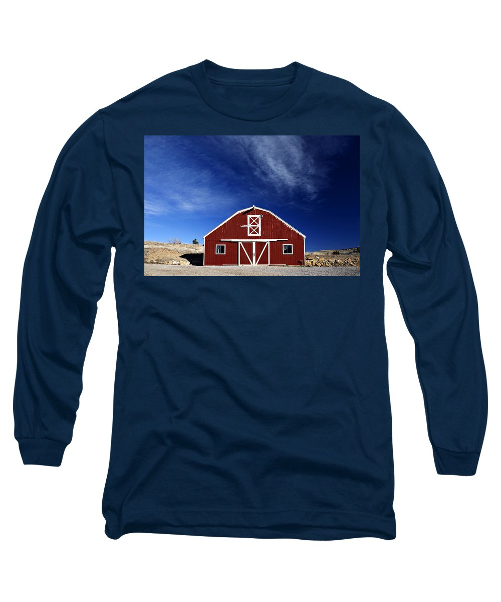 Americana Long Sleeve T-Shirt featuring the photograph Red And White Barn by Marilyn Hunt