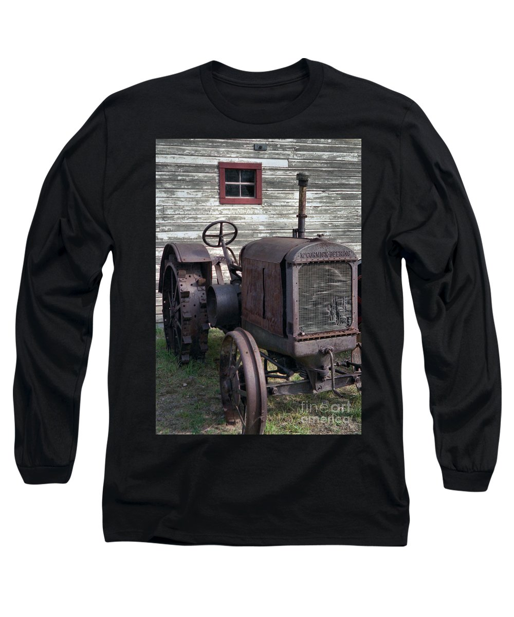 Farm Tractor Long Sleeve T-Shirt featuring the photograph The Old Mule by Richard Rizzo