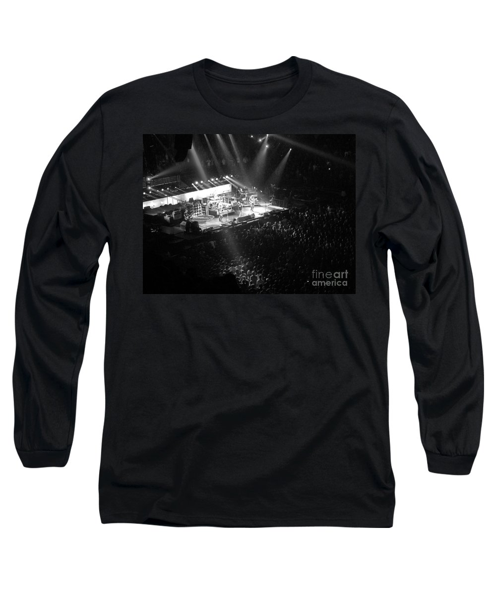 Philadelphia Long Sleeve T-Shirt featuring the photograph Closing The Spectrum by David Rucker
