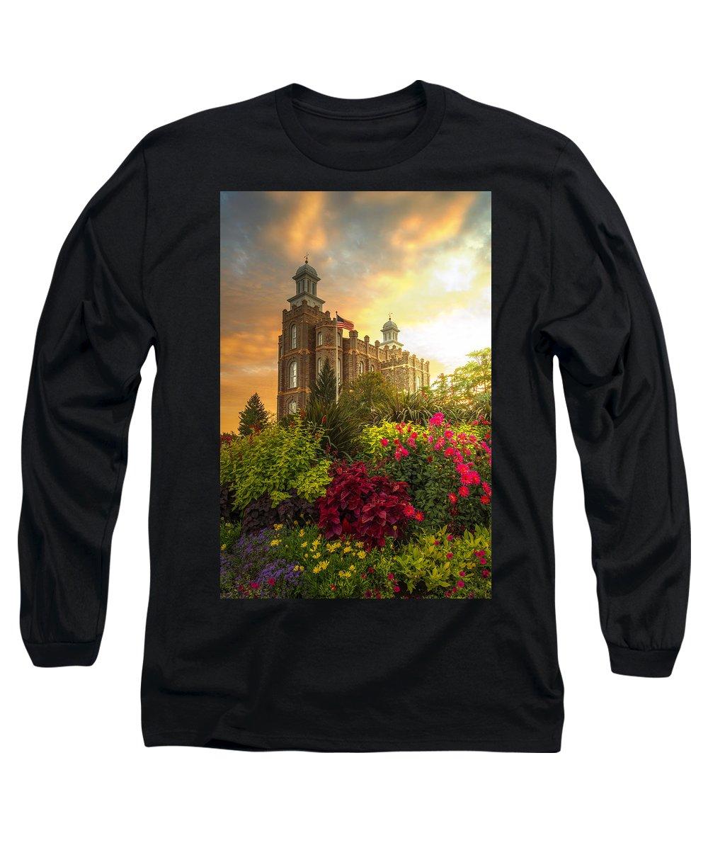 Logan Temple Long Sleeve T-Shirt featuring the photograph Logan Temple Garden by Dustin LeFevre