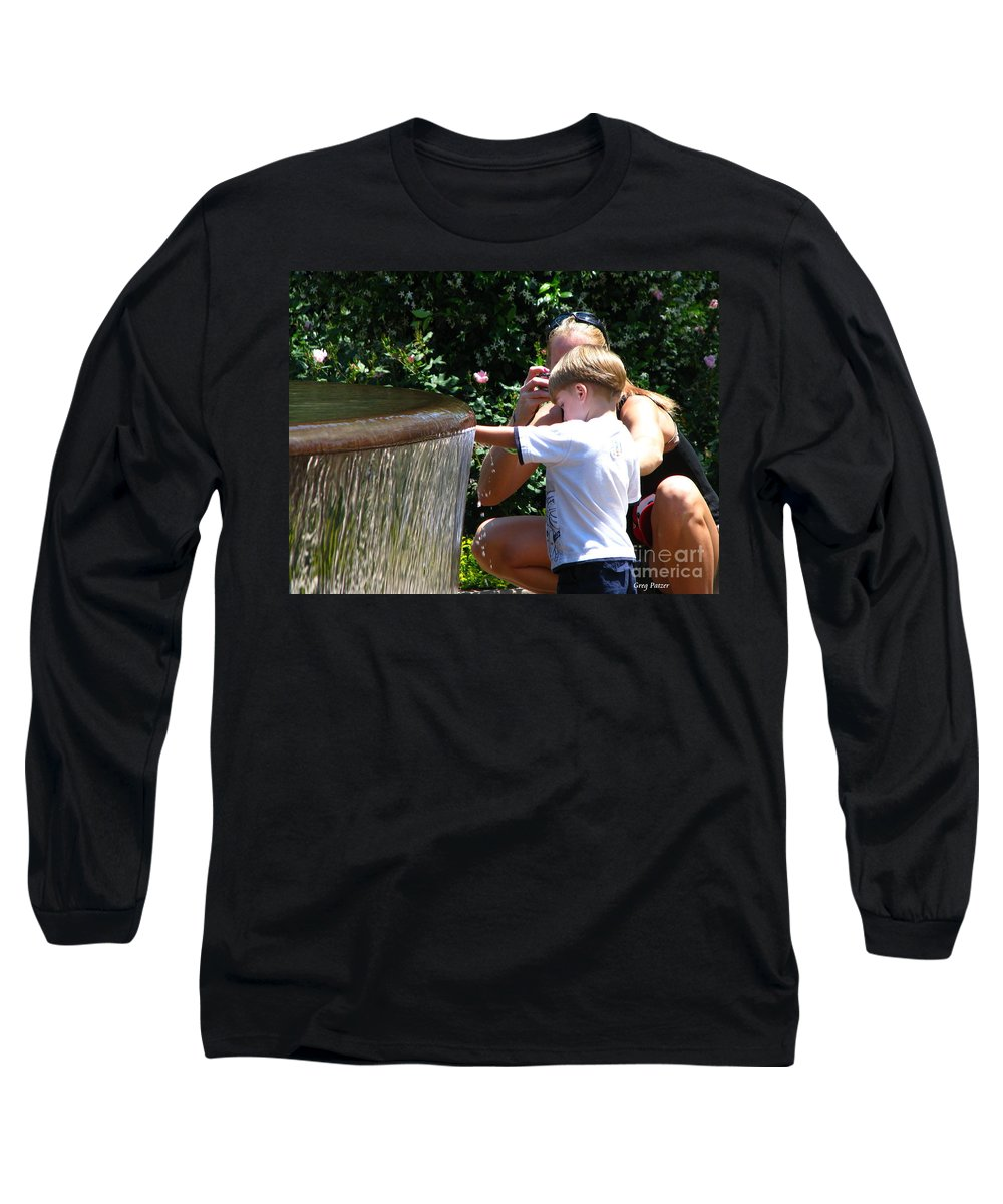 Art For The Wall...patzer Photography Long Sleeve T-Shirt featuring the photograph Playing In Water by Greg Patzer