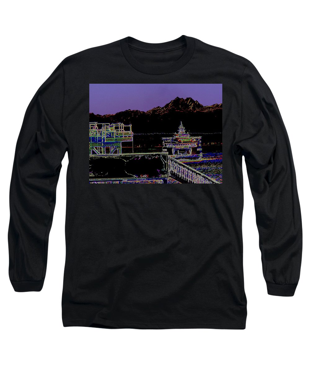 Seattle Long Sleeve T-Shirt featuring the photograph Arrival by Tim Allen
