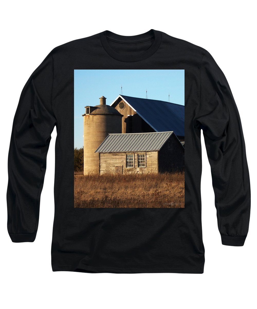Barn Long Sleeve T-Shirt featuring the photograph Barn At 57 And Q by Tim Nyberg