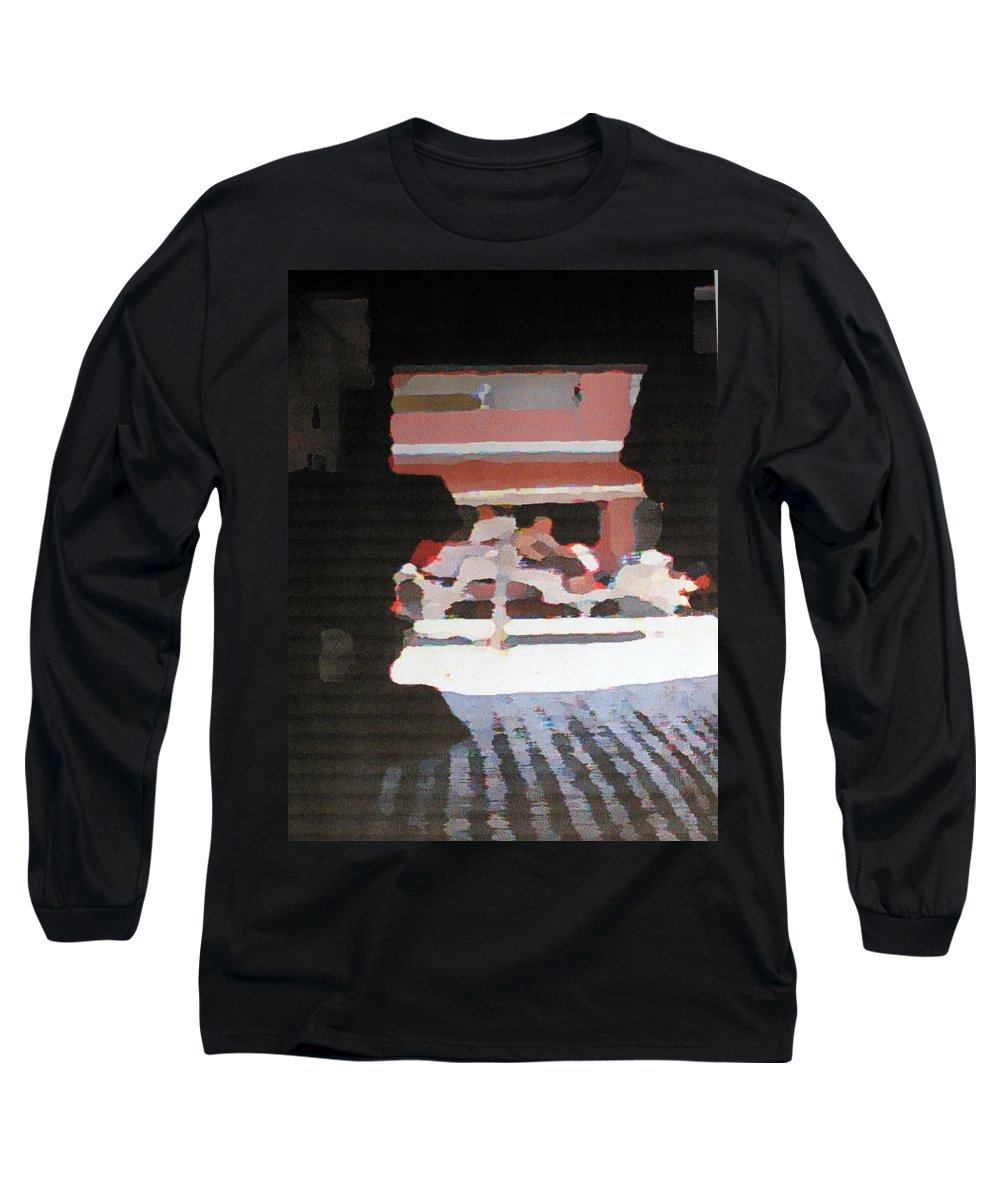 Bermuda Long Sleeve T-Shirt featuring the photograph Bermuda Carriage Impressions by Ian MacDonald