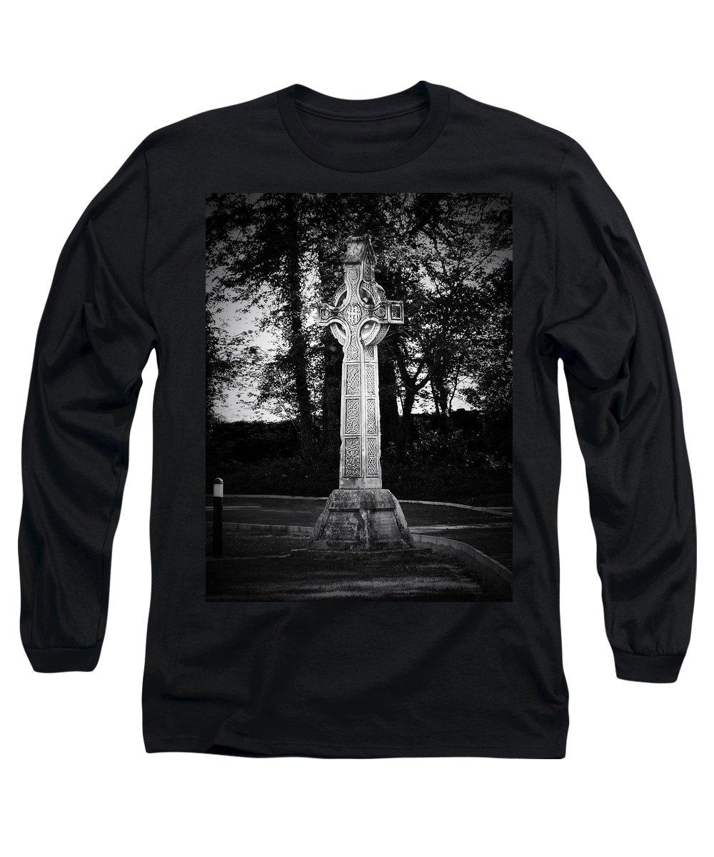 Irish Long Sleeve T-Shirt featuring the photograph Celtic Cross In Killarney Ireland by Teresa Mucha