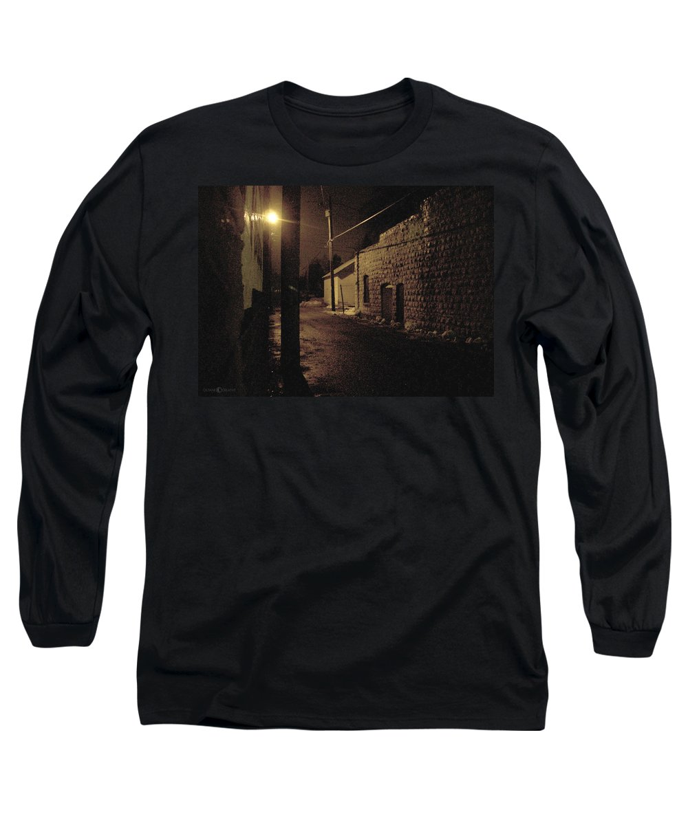Alley Long Sleeve T-Shirt featuring the photograph Dark Alley by Tim Nyberg