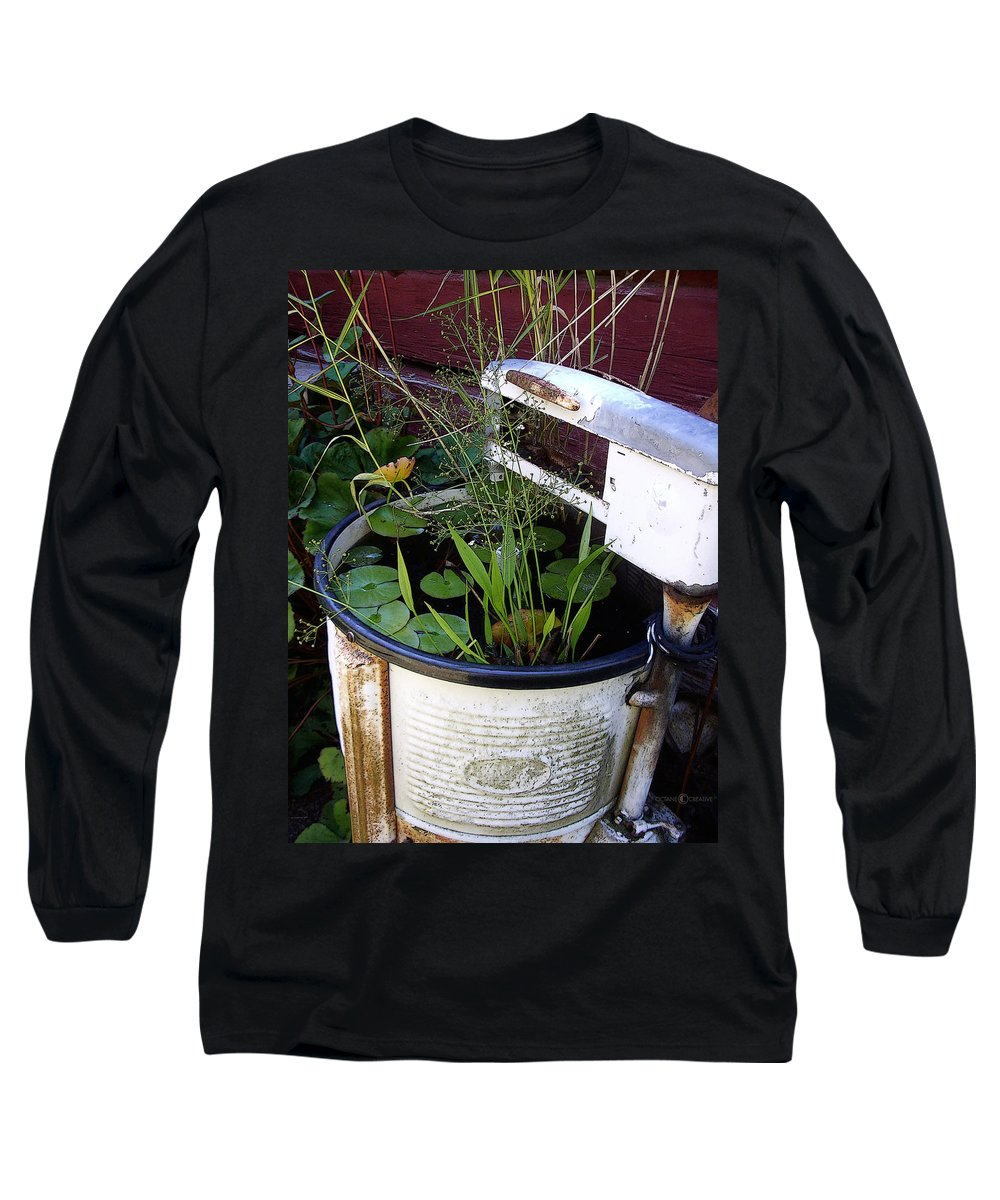 Wringer Long Sleeve T-Shirt featuring the photograph Dead Wringer by Tim Nyberg