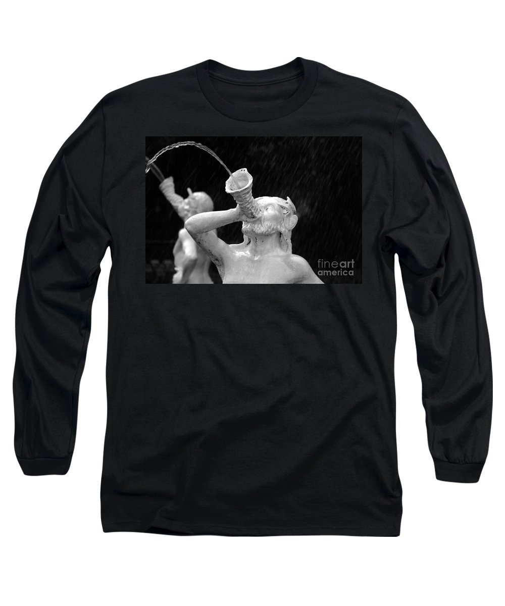 Fountain Long Sleeve T-Shirt featuring the photograph Fountain Dreams by David Lee Thompson