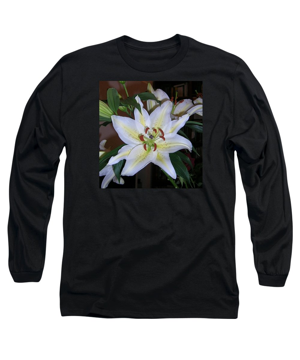 Flower Long Sleeve T-Shirt featuring the photograph Fragrant White Lily by Valerie Ornstein