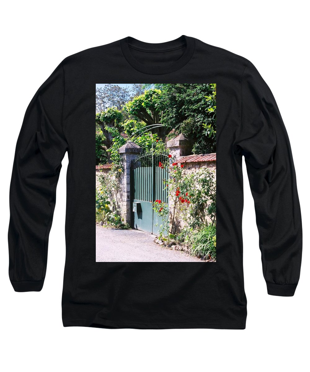 Giverny Long Sleeve T-Shirt featuring the photograph Giverny Gate by Nadine Rippelmeyer