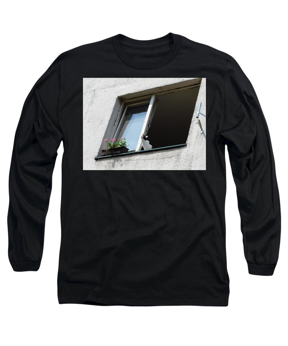 Cat Long Sleeve T-Shirt featuring the photograph Looking Up by Valerie Ornstein