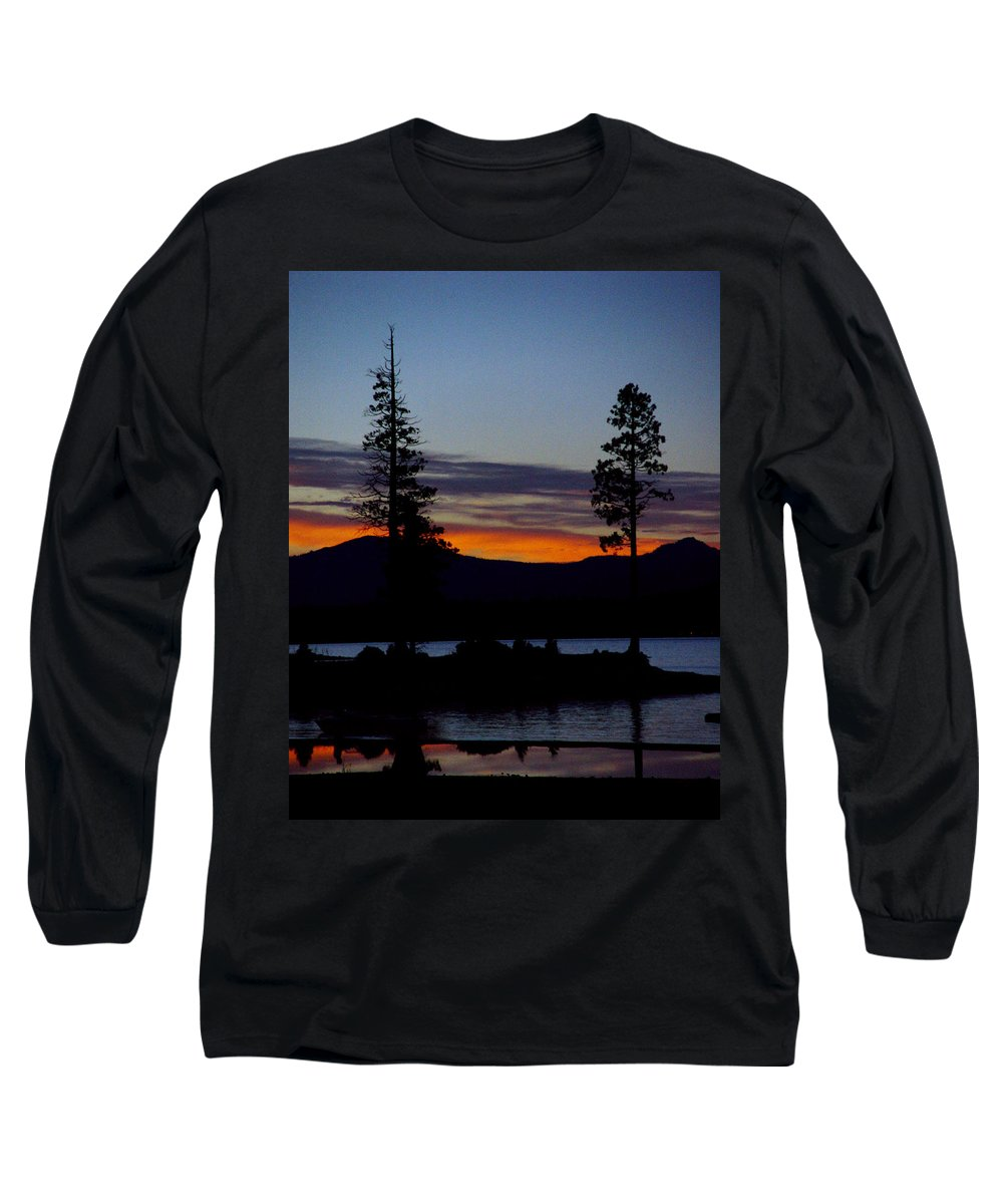 Lake Almanor Long Sleeve T-Shirt featuring the photograph Sunset At Lake Almanor by Peter Piatt