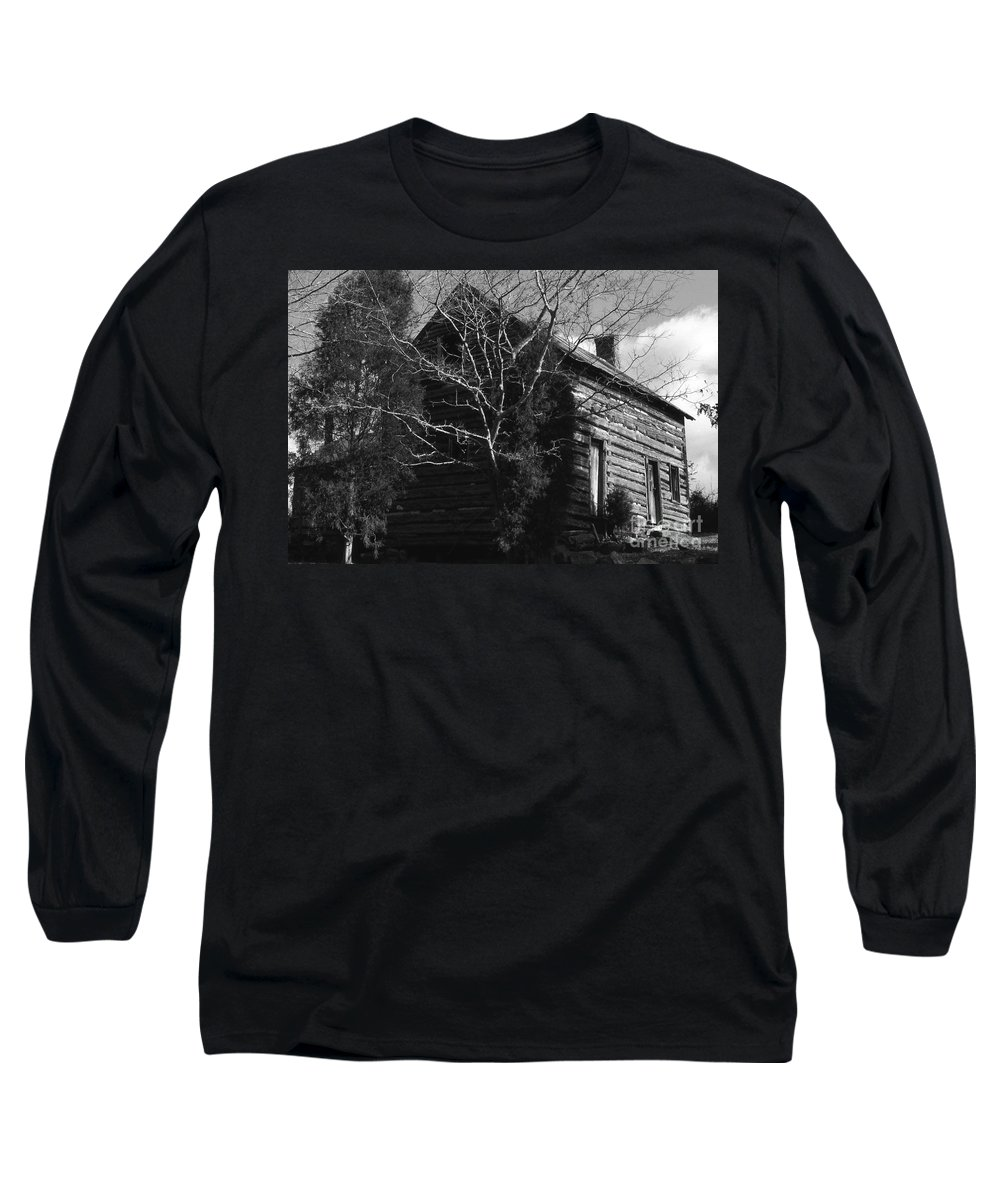 Cabins Long Sleeve T-Shirt featuring the photograph The Homestead by Richard Rizzo