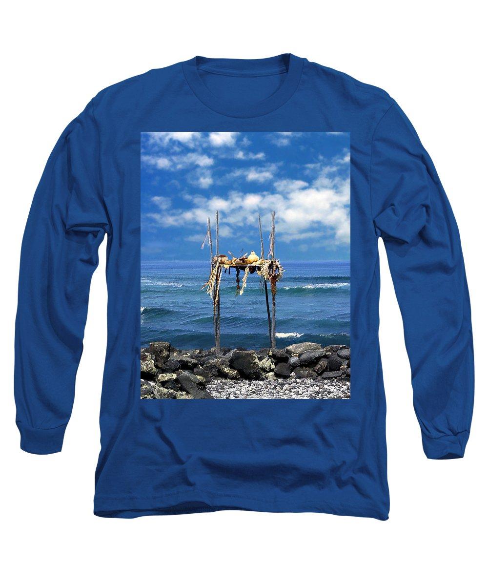 Hawaii Long Sleeve T-Shirt featuring the photograph Ku Emanu Heiau Kona by Kurt Van Wagner