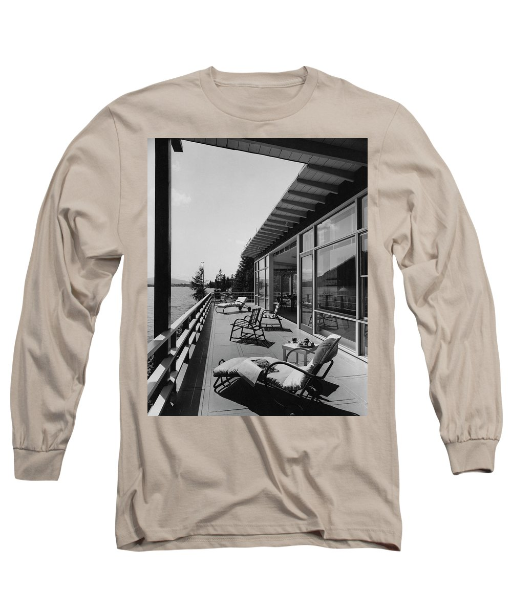 Architecture Long Sleeve T-Shirt featuring the photograph The Alfred Rose Lake Placid Summer Home by Robert M. Damora