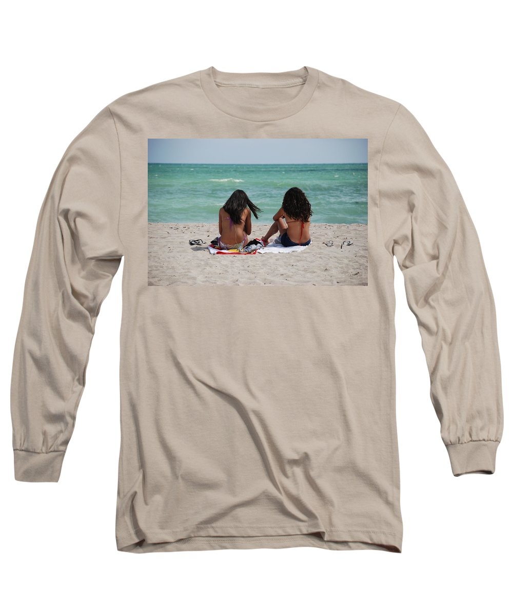 Women Long Sleeve T-Shirt featuring the photograph Beauties On The Beach by Rob Hans