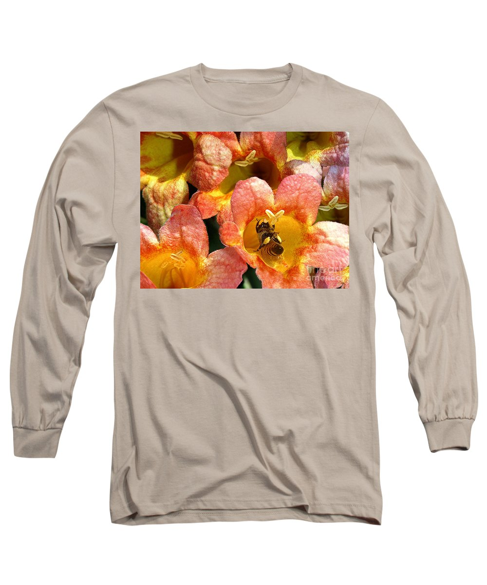 Nature Long Sleeve T-Shirt featuring the photograph Caught Up In The Work by Lucyna A M Green