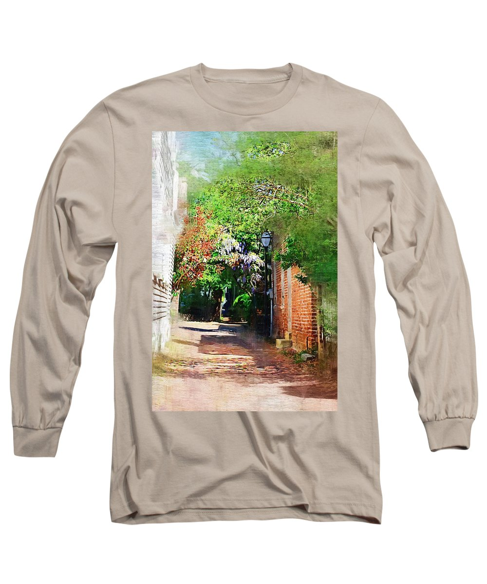 Alley Long Sleeve T-Shirt featuring the photograph Charlestons Alley by Donna Bentley