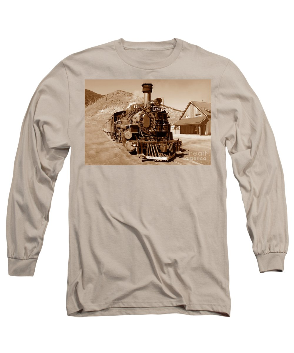 Train Long Sleeve T-Shirt featuring the photograph Engine Number 478 by David Lee Thompson