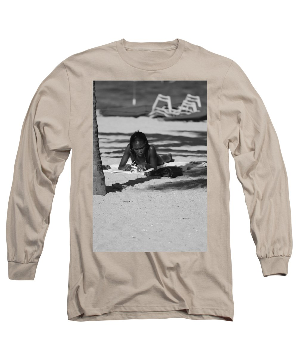 Black And White Long Sleeve T-Shirt featuring the photograph Homework At The Hollywood Beach by Rob Hans