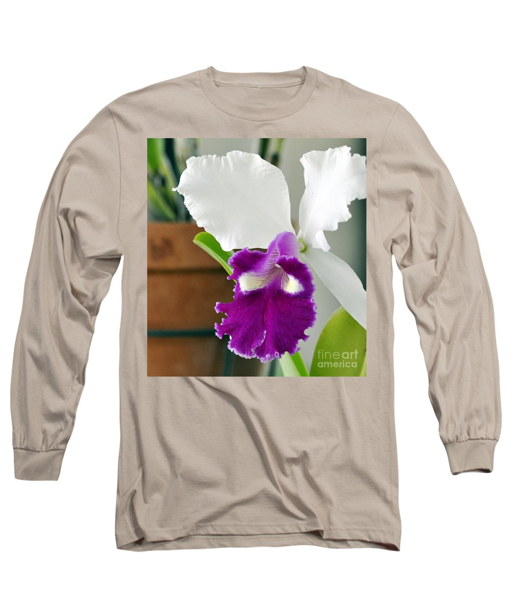 Clay Long Sleeve T-Shirt featuring the photograph Smile by Clayton Bruster