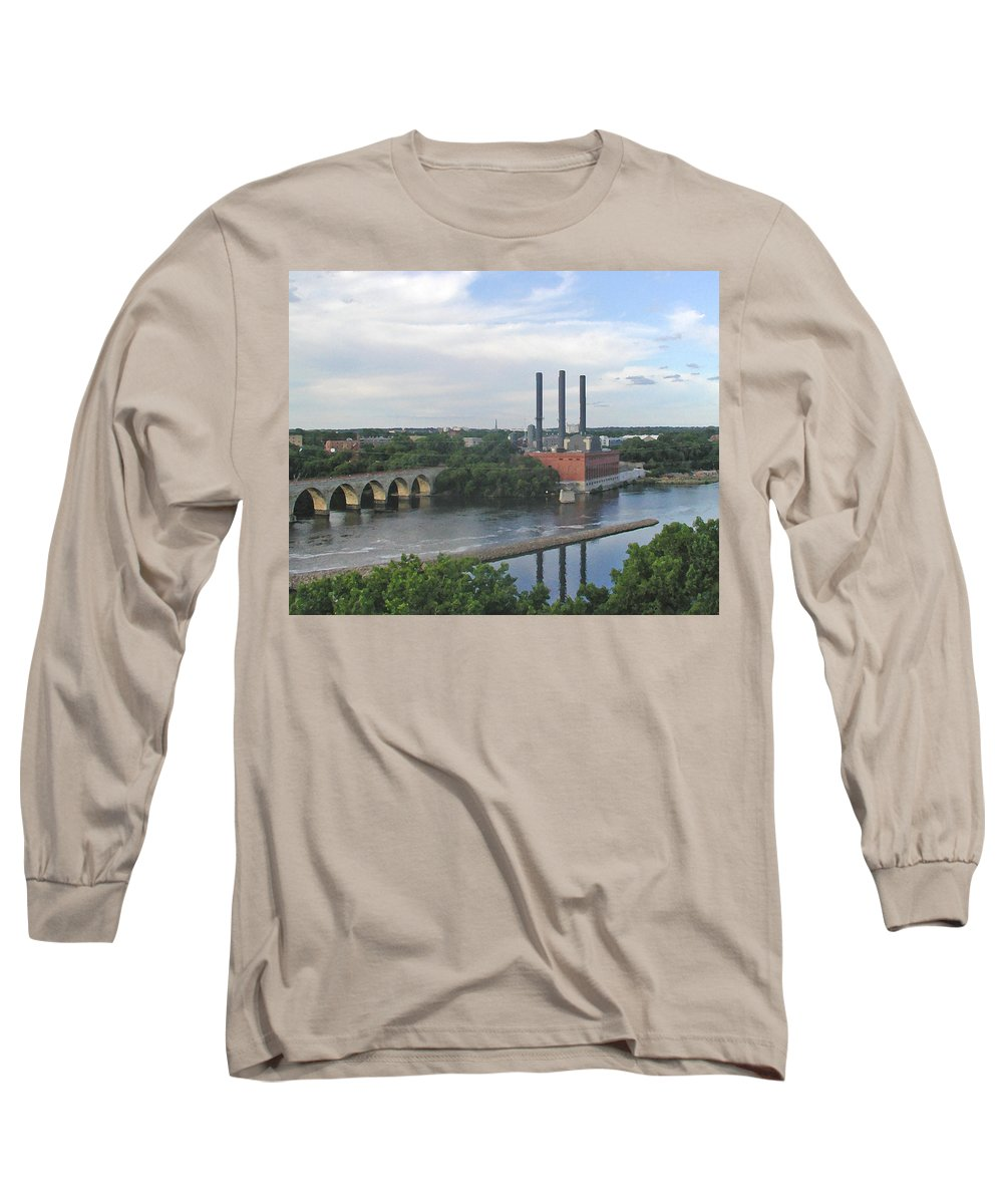 Minneapolis Long Sleeve T-Shirt featuring the photograph Smokestacks On The Mississippi by Tom Reynen