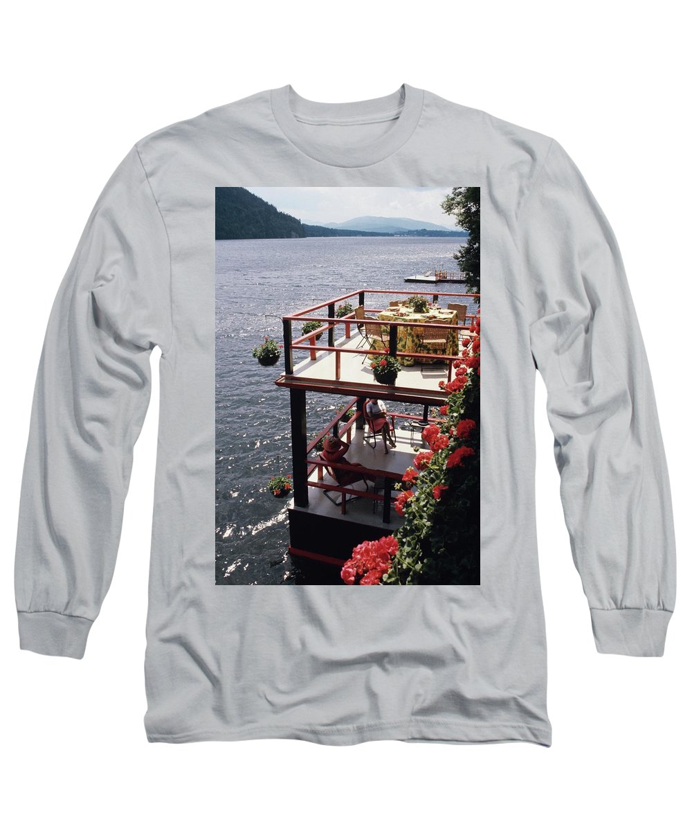 Home Long Sleeve T-Shirt featuring the photograph The Wyker's Deck by Ernst Beadle