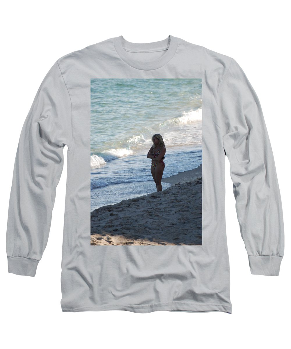 Sea Scape Long Sleeve T-Shirt featuring the photograph The Thinking Women by Rob Hans