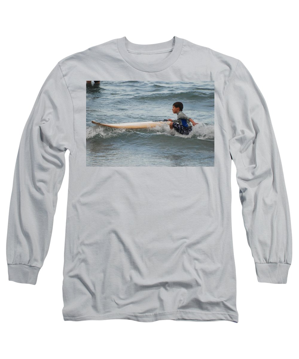Beach Long Sleeve T-Shirt featuring the photograph Wipe Out by Rob Hans