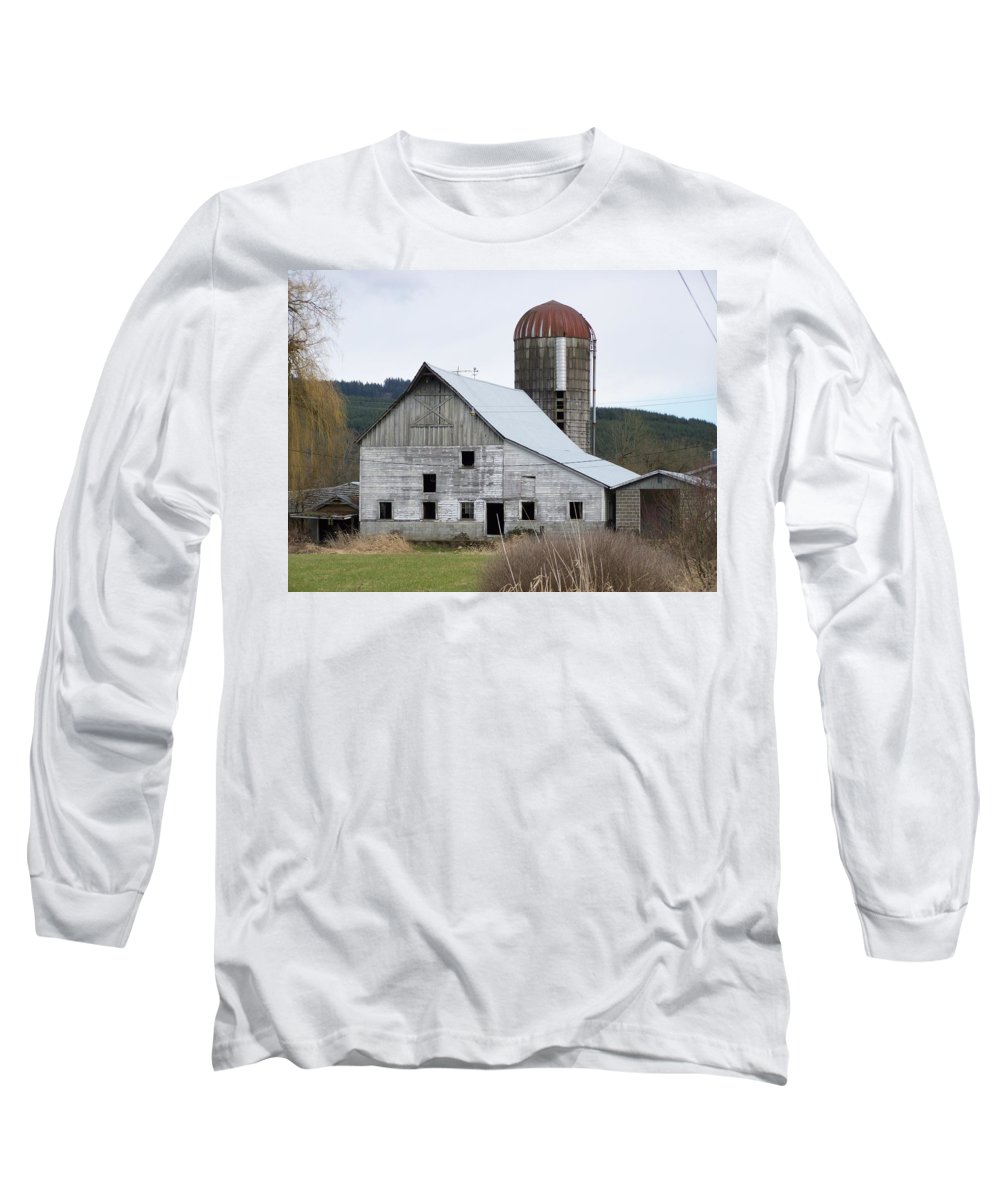 Digital Photography Long Sleeve T-Shirt featuring the photograph Barn And Silo by Laurie Kidd