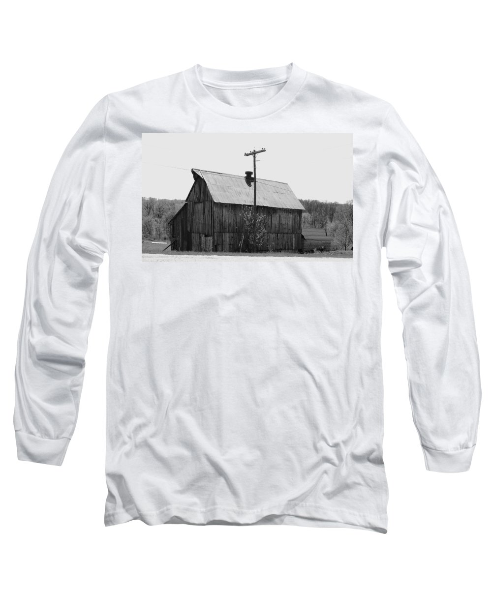 Barns Long Sleeve T-Shirt featuring the photograph Barn On The Side Of The Road by Angus Hooper Iii