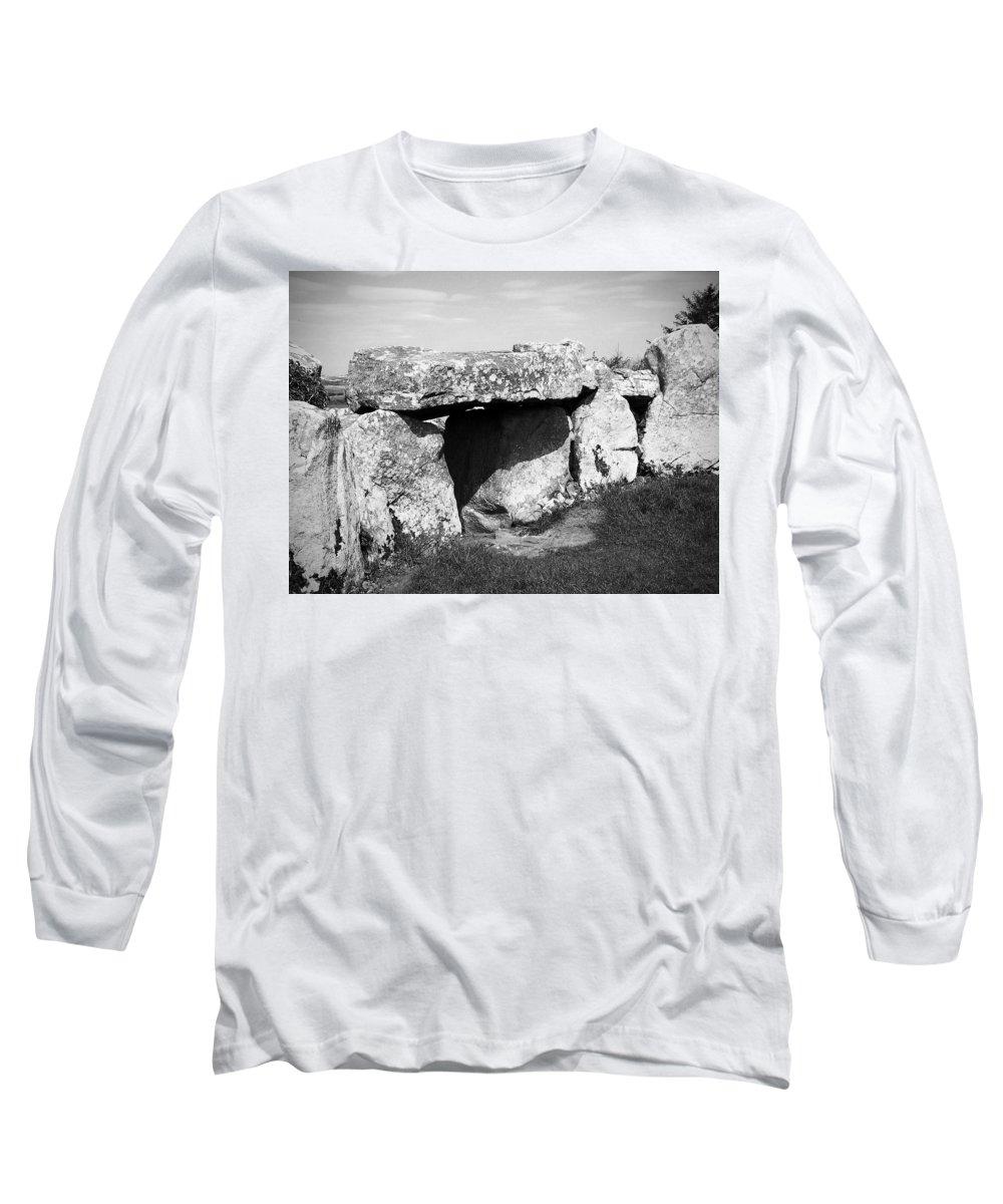 Ireland Long Sleeve T-Shirt featuring the photograph Creevykeel Court Cairn County Sligo Ireland by Teresa Mucha