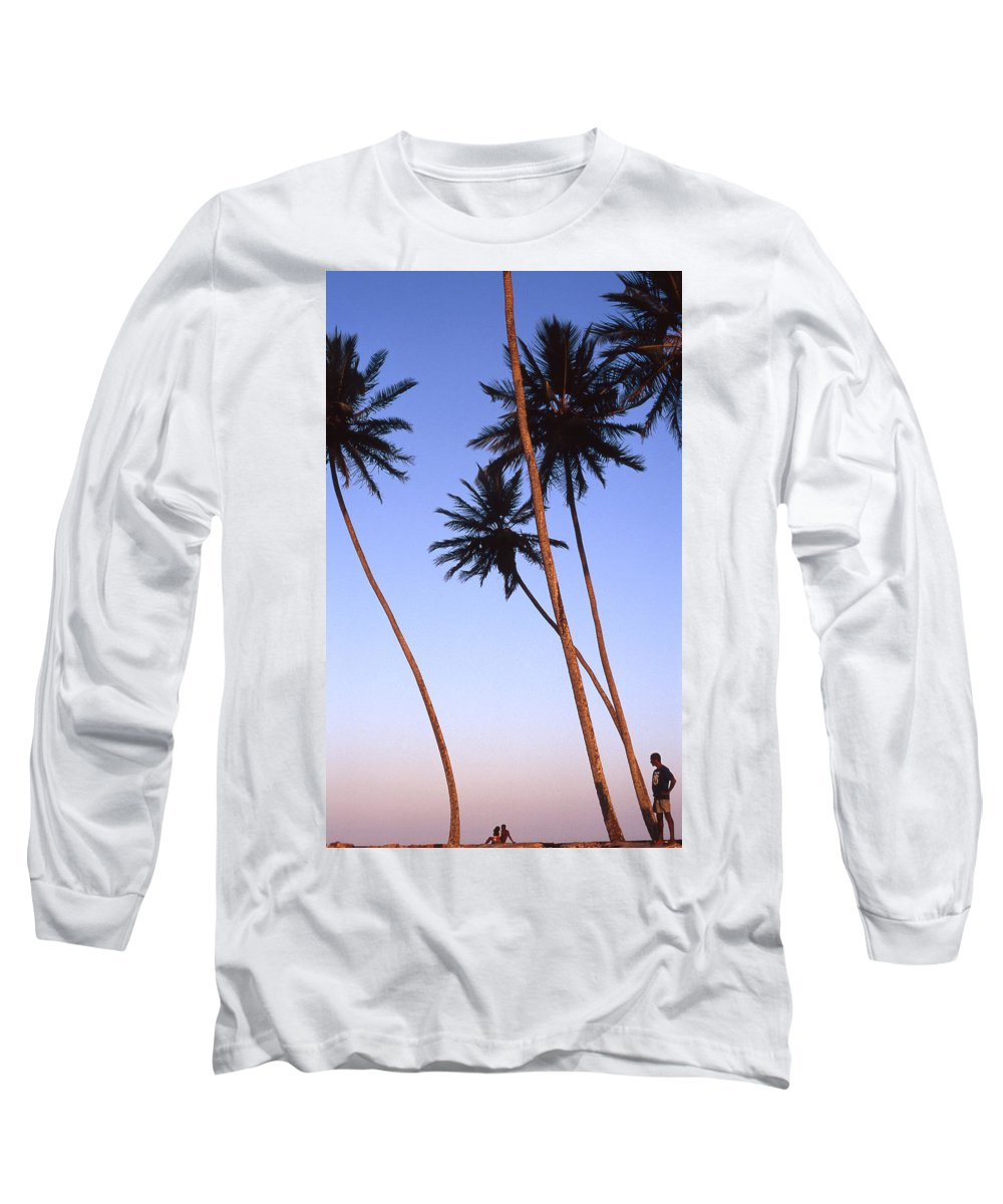 Bahia Long Sleeve T-Shirt featuring the photograph Dusk In Morro by Patrick Klauss