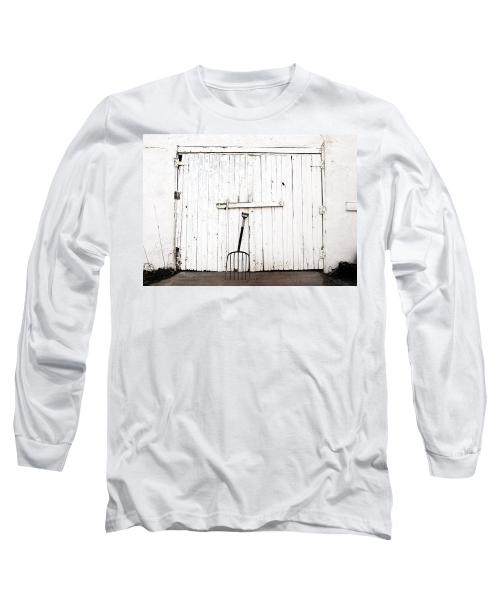 Americana Long Sleeve T-Shirt featuring the photograph Pitch Fork by Marilyn Hunt