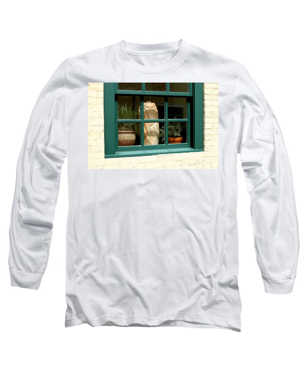 Fern Long Sleeve T-Shirt featuring the photograph Window At Sanders Resturant by Steve Augustin