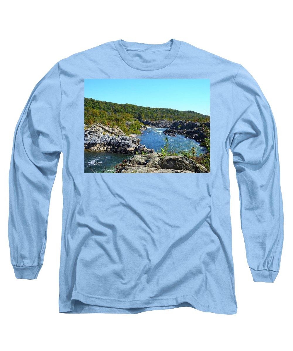 Long Sleeve T-Shirt featuring the photograph Fall Colors II by Tony Umana