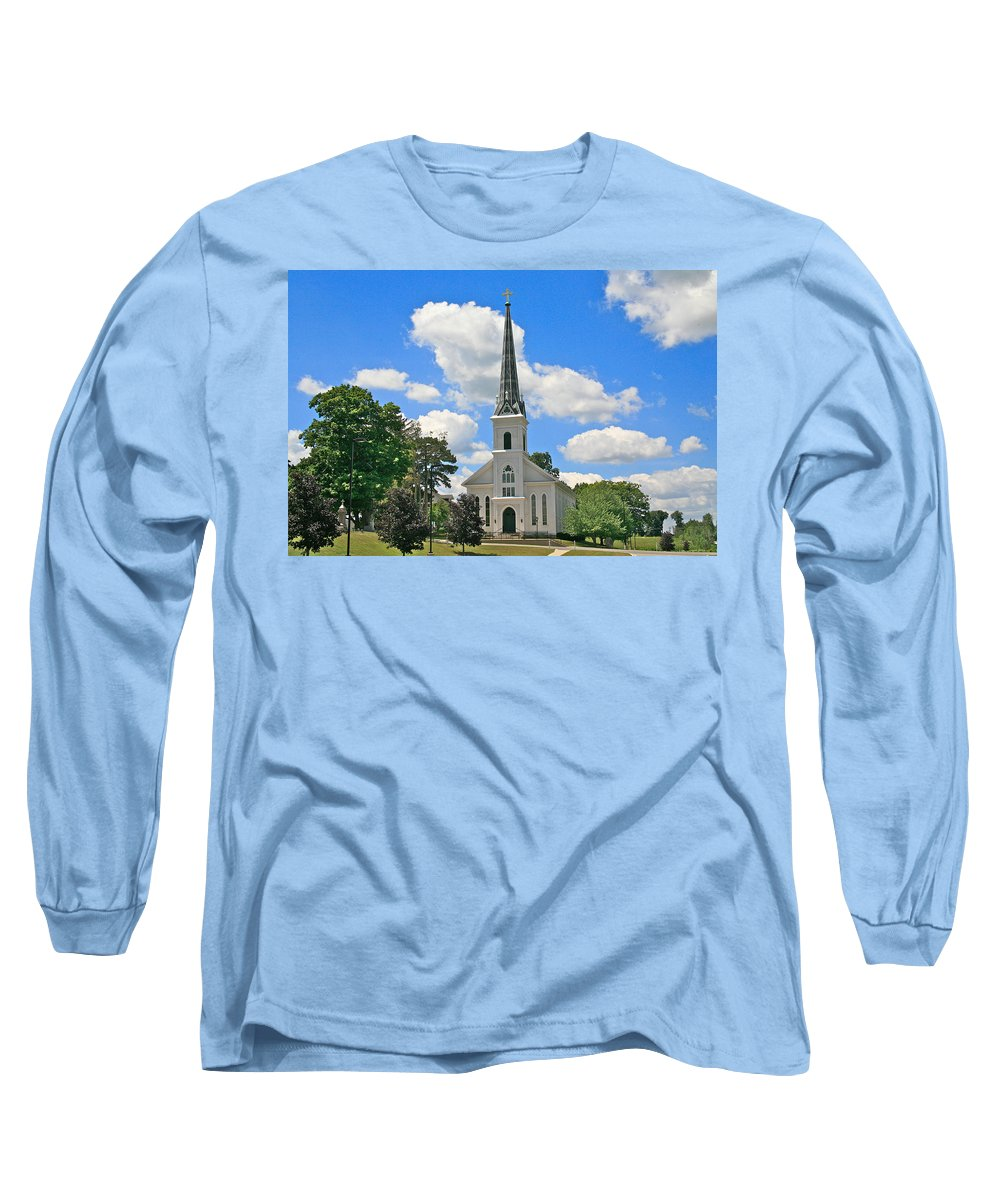 Usa Long Sleeve T-Shirt featuring the photograph The Little Country Church by Robert Pearson