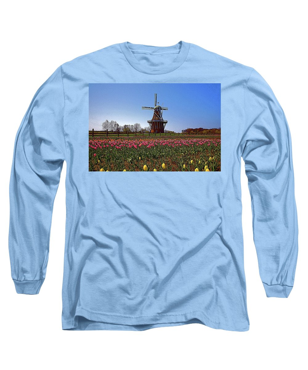Wind Mill Long Sleeve T-Shirt featuring the photograph The Windmill Poster by Robert Pearson