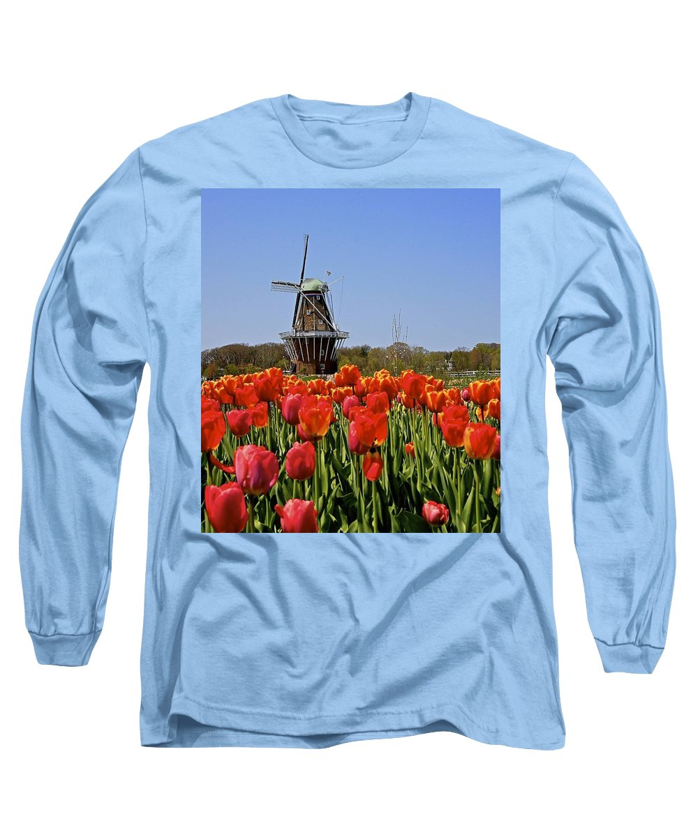 Tulips Long Sleeve T-Shirt featuring the photograph Two Lips by Robert Pearson