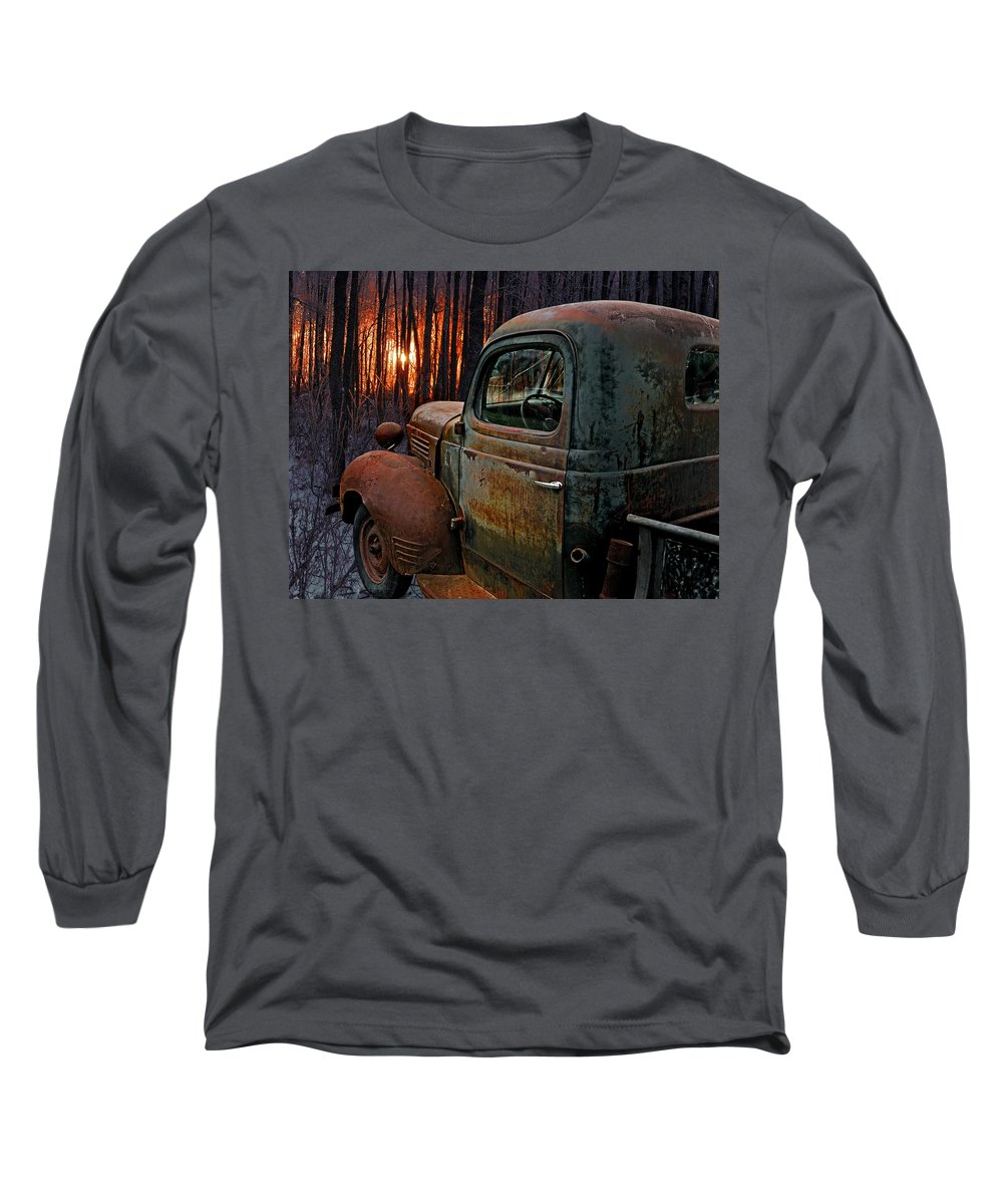 Pickup Long Sleeve T-Shirt featuring the photograph Deer Hunting by Ron Day