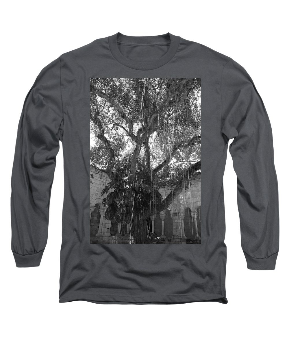 Black And White Long Sleeve T-Shirt featuring the photograph The Tree Vines by Rob Hans