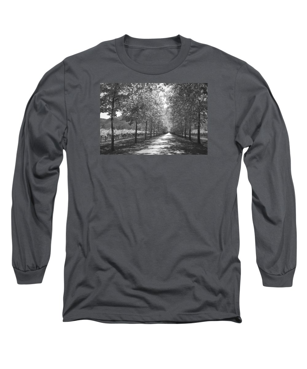 Black And White Long Sleeve T-Shirt featuring the photograph Wine Country Napa Black And White by Suzanne Gaff