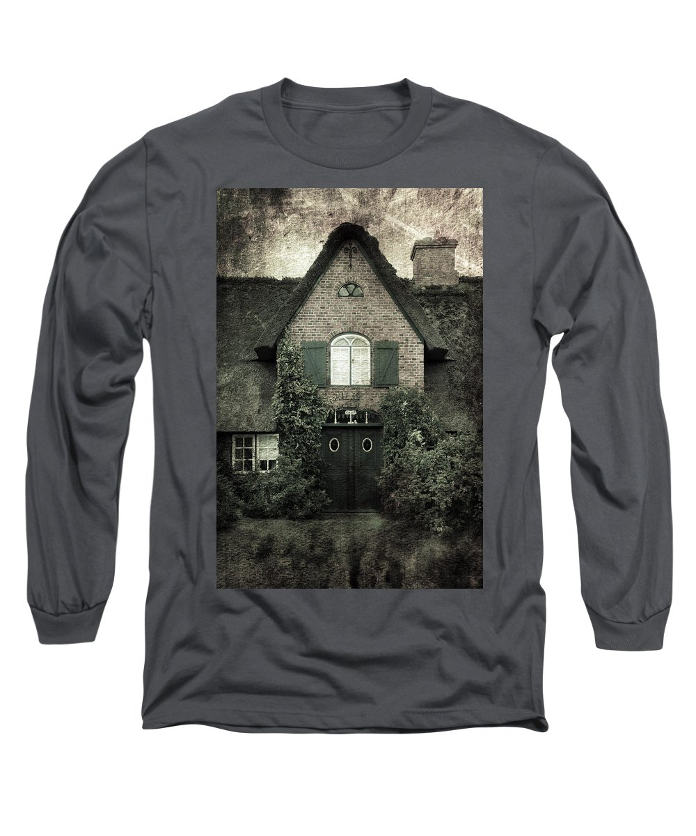 House Long Sleeve T-Shirt featuring the photograph Thatch by Joana Kruse