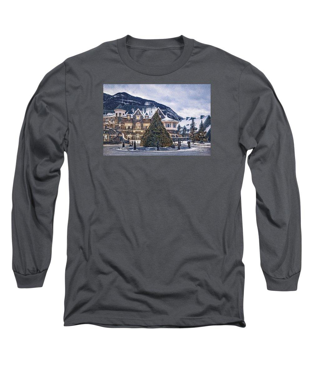 Banff Long Sleeve T-Shirts