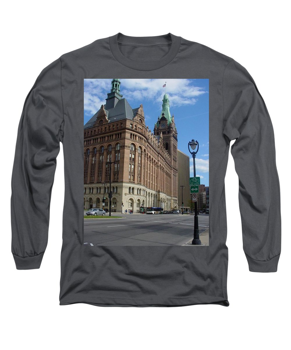 Milwaukee Long Sleeve T-Shirt featuring the photograph City Hall And Lamp Post by Anita Burgermeister
